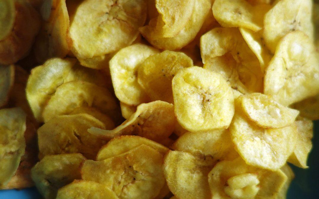 dried banana chips fresh from banana drying machine